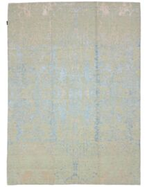 Avisto Oskui Carpets